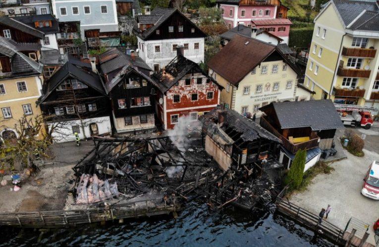 「世界最美小鎮」奧地利哈修塔特 深夜失火燒毀4木屋
